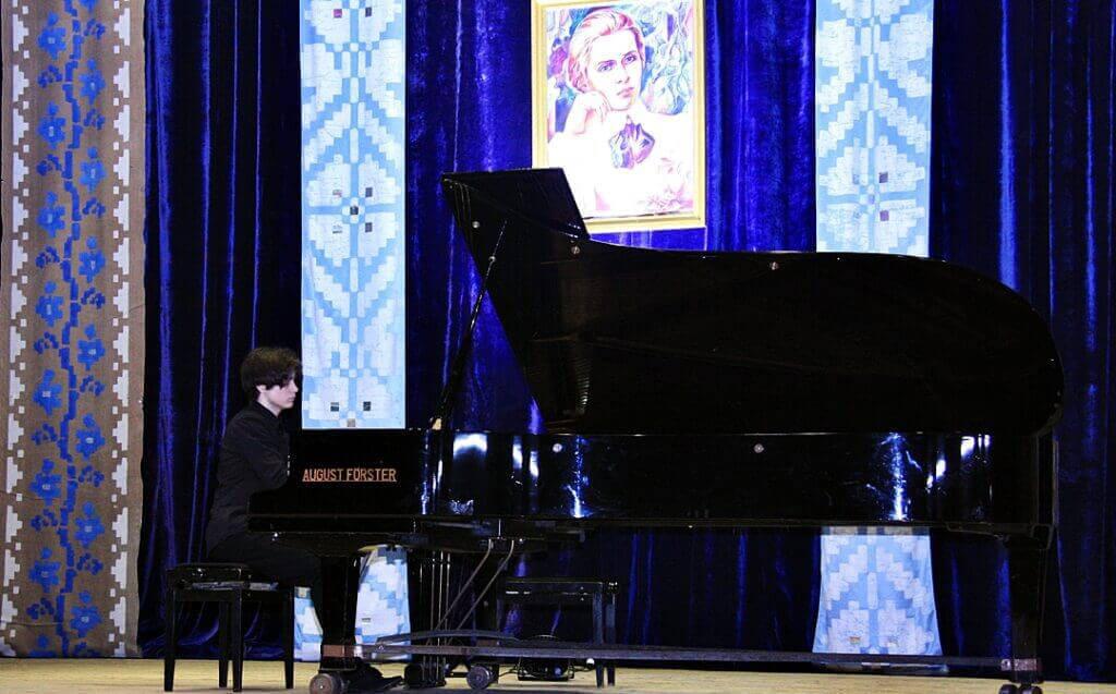 Музично-поетична імпреза до 150-річчя Лесі Українки 4