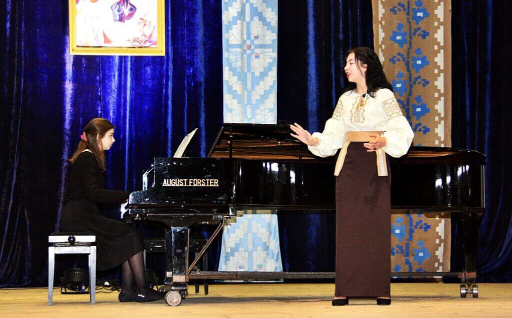 Музично-поетична імпреза до 150-річчя Лесі Українки 5