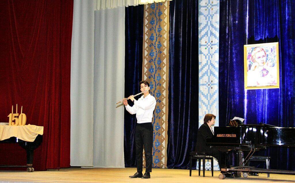 Музично-поетична імпреза до 150-річчя Лесі Українки 6