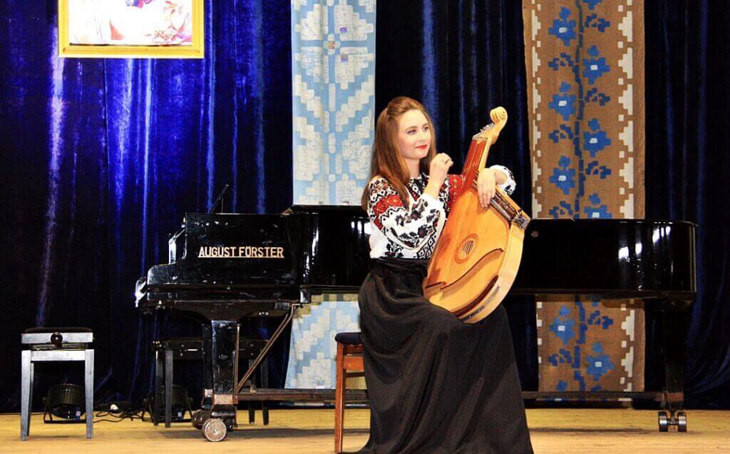 Музично-поетична імпреза до 150-річчя Лесі Українки 7