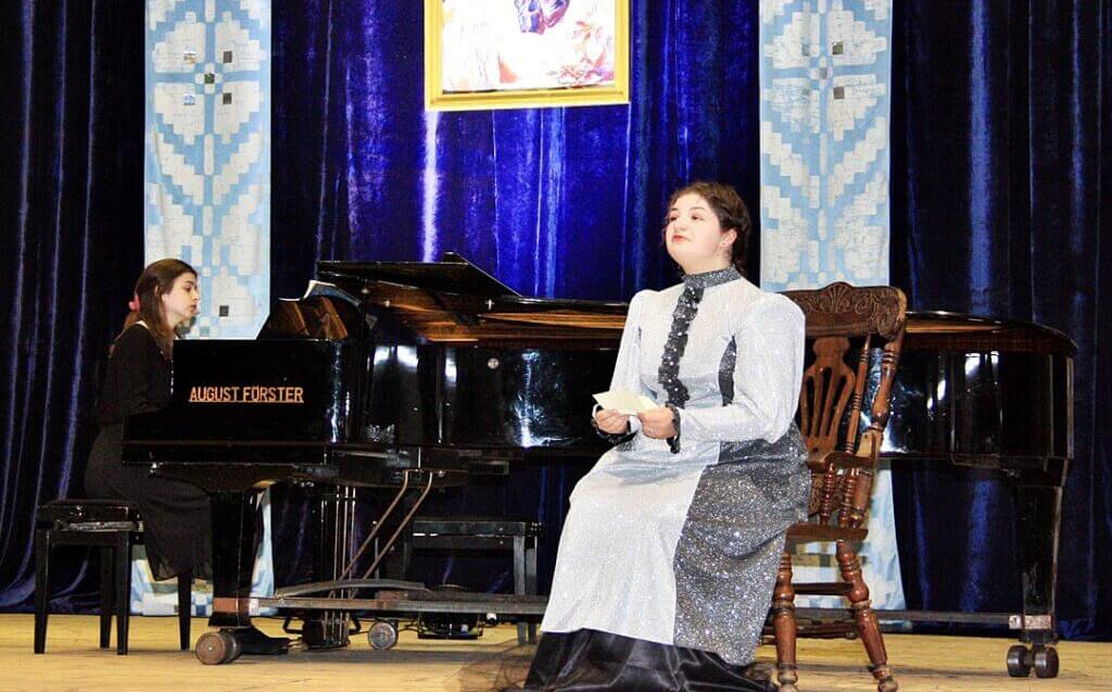 Музично-поетична імпреза до 150-річчя Лесі Українки 9