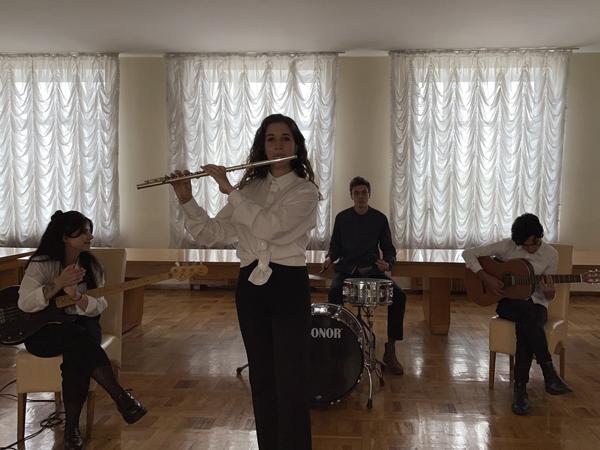 Музичний подарунок до Всеукраїнського дня бібліотек 3