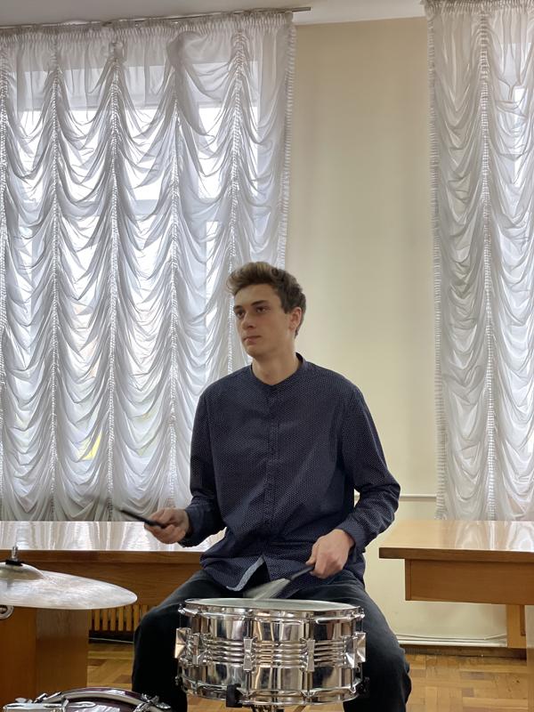 Музичний подарунок до Всеукраїнського дня бібліотек 4