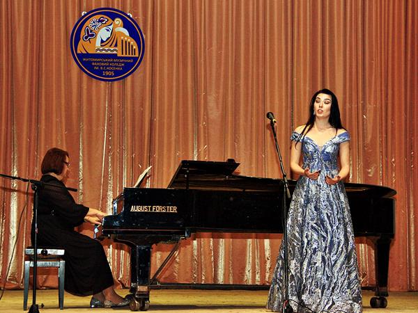 Концерт із нагоди Міжнародного дня музики та Дня працівників освіти 11